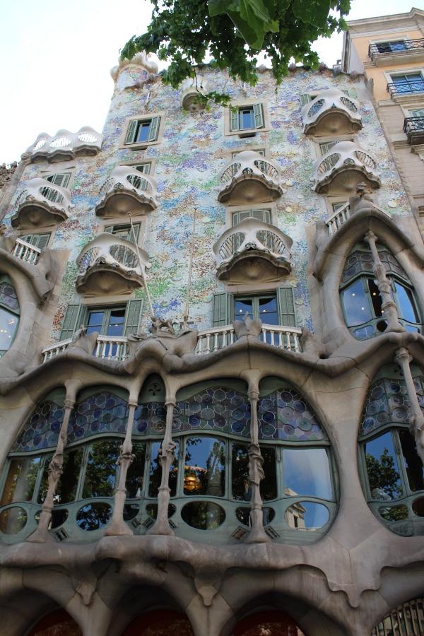 Maison De Gaudi Lessentiel De Gaudi U2013 La Sagrada